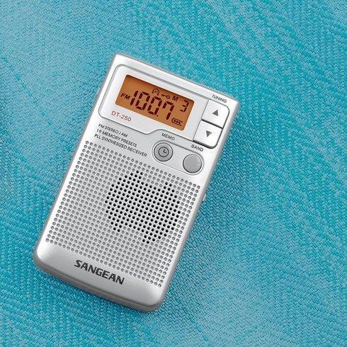 Sangean-DT-250-Pocket-Radio-Mat