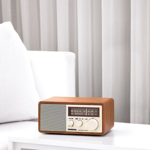 Sangean-WR-11-TableTop-Radio-Table