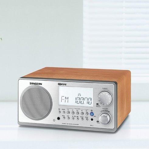 Sangean-WR-2-TableTop-Radio-Glass